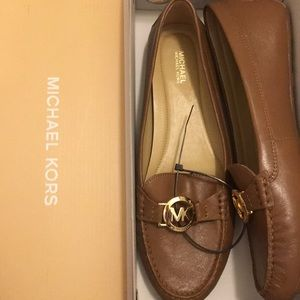 Michael Kors loafers flats brown NIB gold logo 10